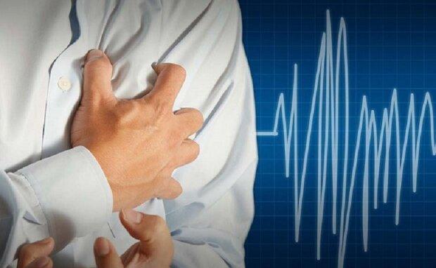 چه موقع درد قفسه سینه نشانه ی حمله قلبی است