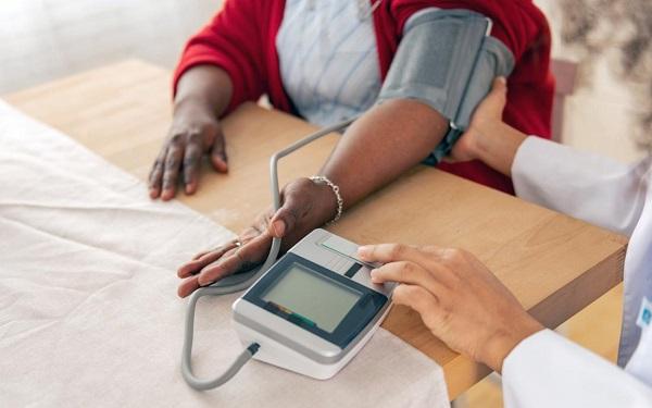 فشار خون پایین و ضربان قلب بالا